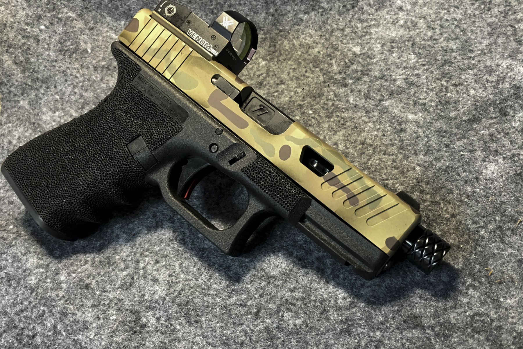 GLOCK 19 CUSTOM SLIDE MILLING, RMR CUT + MULTICAM CERAKOTE | Foley